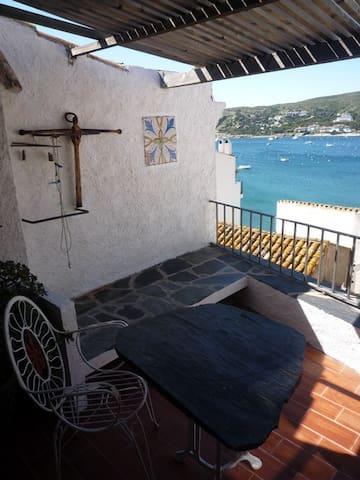Loft vue agréable sur la baie de Cadaques