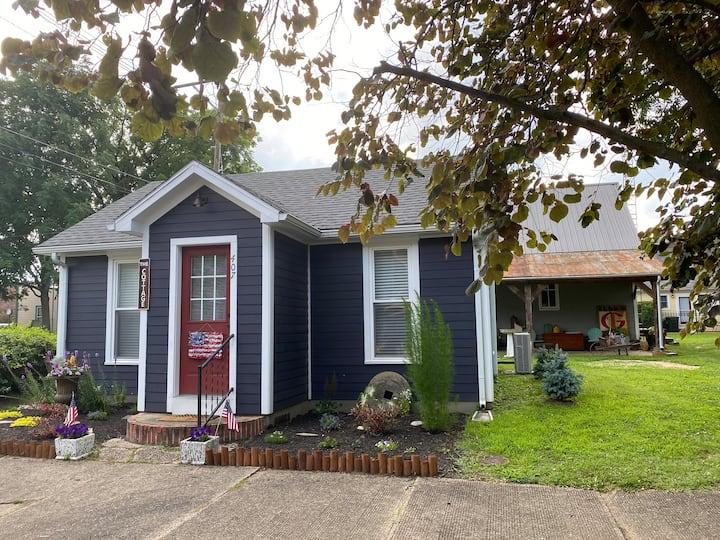 New Harmony Cottage ~ Bright & Airy Vintage Cozy
