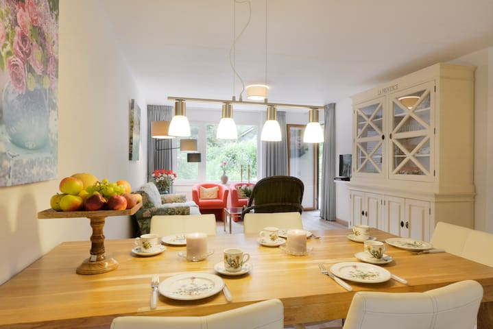 Gezellig licht appartement in Veere - Veere - Departamento