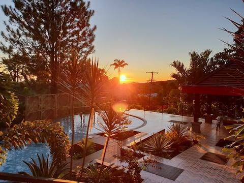 Hilltop Alcoholvrije Suite met 4 slaapkamers en zwembad