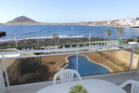 Amazing Sea Views from beachside Apartment - El Médano
