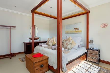 Teak Guest Rooms