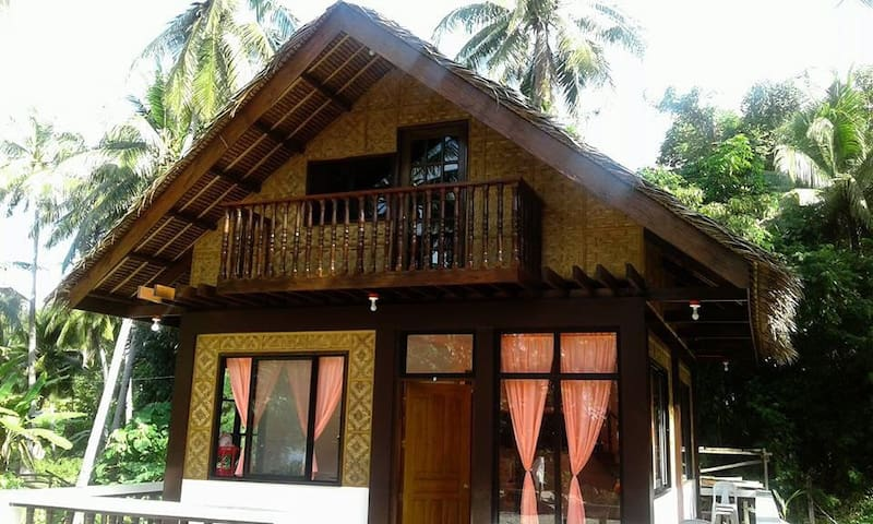 Quaint Lila Bitoon Resthouse - Lila,