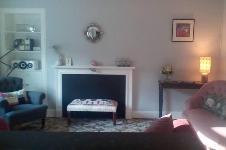 Cosy, romantic apartment for two Edinburgh