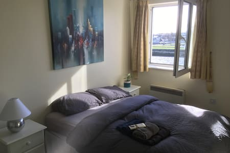 River view: Double Room@ Spanish Arch, City Centre