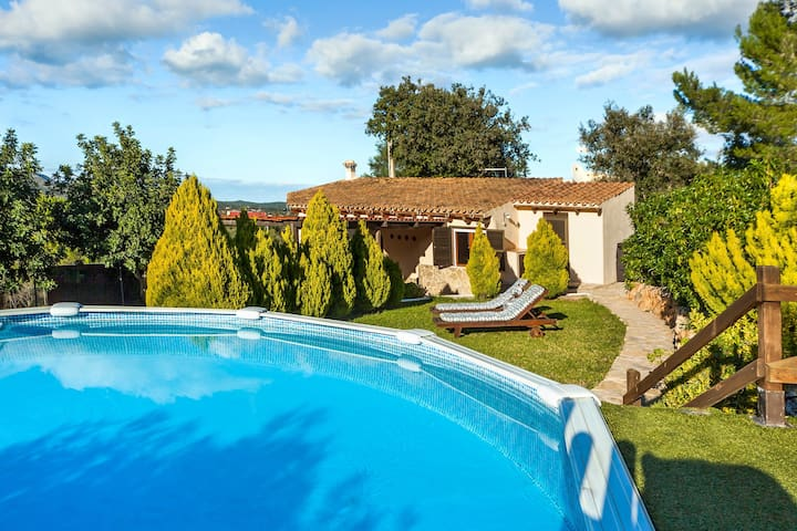 Romantic atmosphere and pool – Villa Cuatro Soles