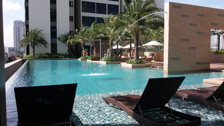 Beautiful Room & Apt in Resort with 2 Pools & Gym! - Ho Chi Minh City - Service appartement