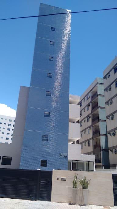 O edifício com 7 andares,
