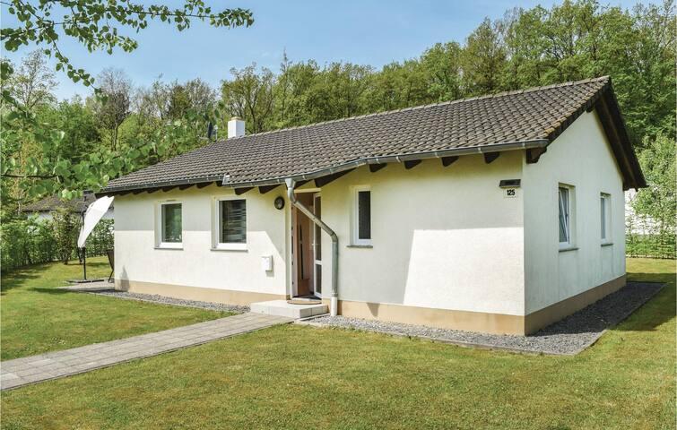 Freistehender Bungalow in Gerolstein/Hinterhausen