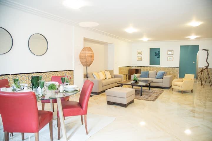 Luxueux appartement avec jardin à Gammarth