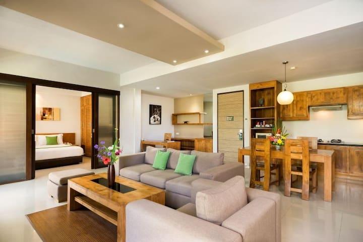 Super Homey 2BR Apartment in Seminyak Center