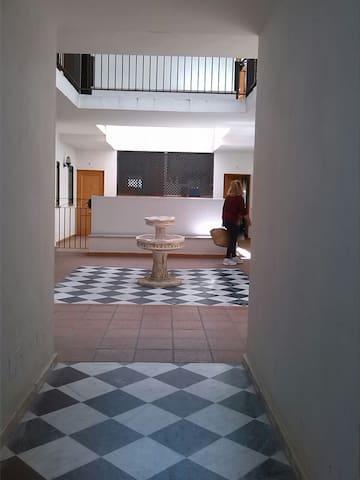 Cómodo apartamento vacaciones en Los Alcornocales - Jimena de la Frontera - Daire