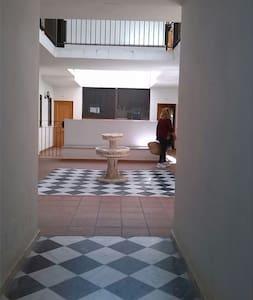 Cómodo apartamento vacaciones en Los Alcornocales - Wohnung