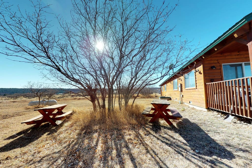 Outdoor dining area (winter photo)