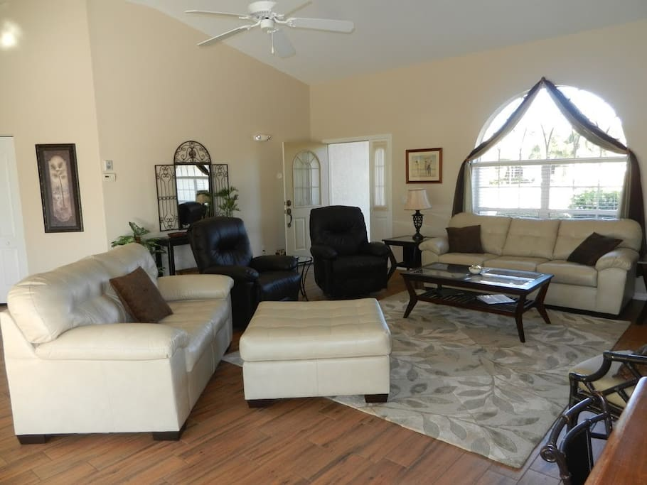 rotonda west single parents Rotonda lakes single family homes for sale  there are 11 rotonda lakes, rotonda west, fl new homes for sale with prices ranging from $9,900 to $299,900.