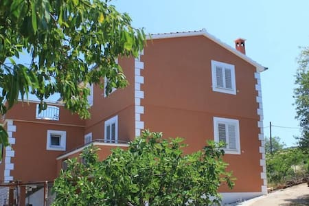 One bedroom apartment with air-conditioning Žman, Dugi otok (A-8133-b) - Žman - Flat