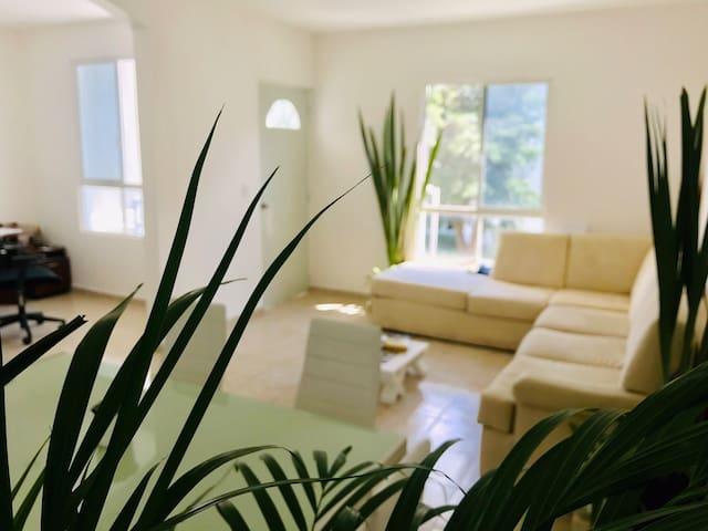 Habitación  privada súper ubicación