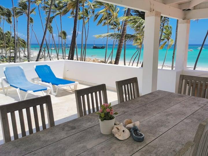 ★★★★★ Beach Front Villa 4bdr Ocean View
