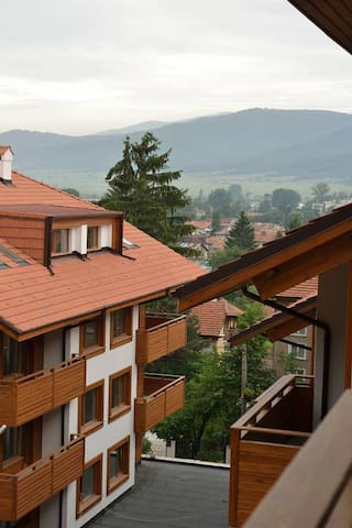 Private Luxury Apartment with outside pool. - Velingrad - Pis