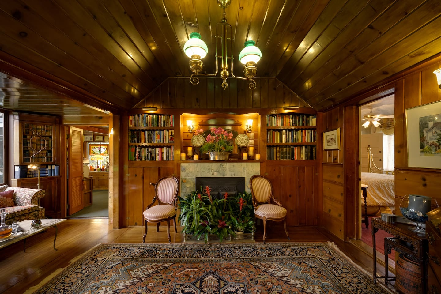 Botticelli Rose Room - Mill Rose Inn - Bed and breakfasts for Rent ...