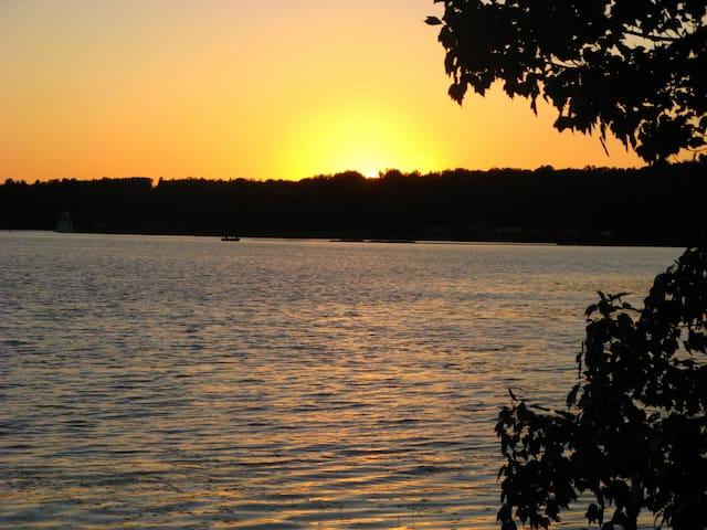 Cabin #6 Sunset Serenade