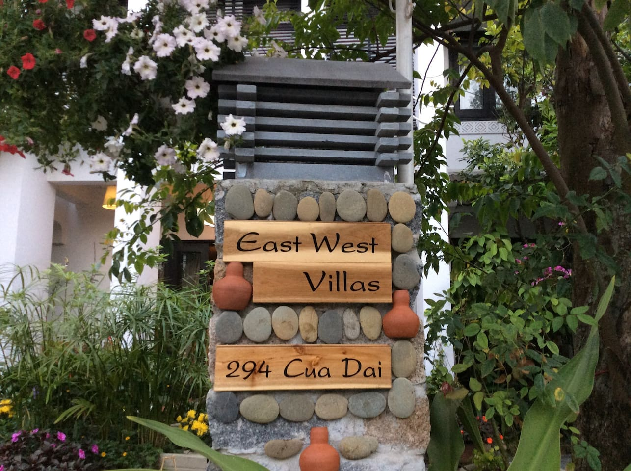 East West Villas, 294 Cửa Đại