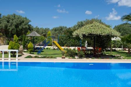Villa Dimitris Bungalows - Lefkada