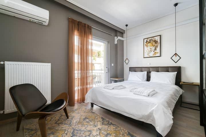 Artistic & Modern 3 bedroom apartment