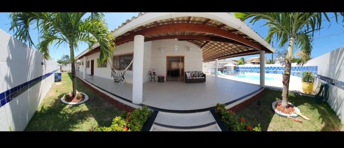Casa em Condômino Fechado em Barra do Jacuípe