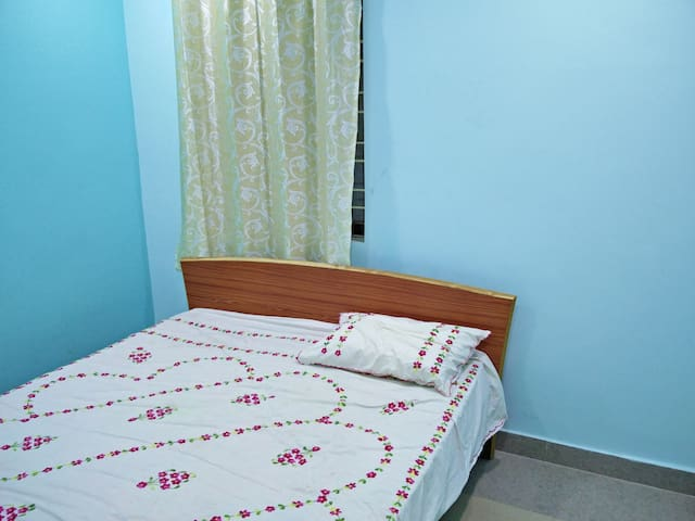 2 bhk penthouse fully furnished - Hyderabad - Byt