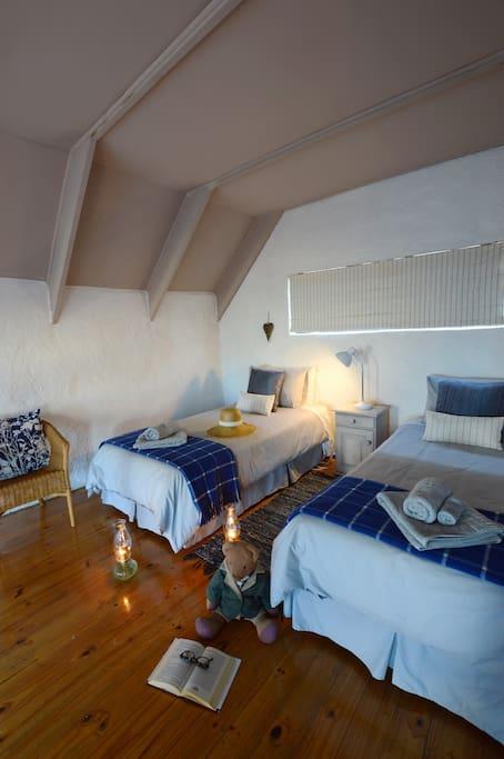 Mezzanine floor - ideal for kids to sleep here