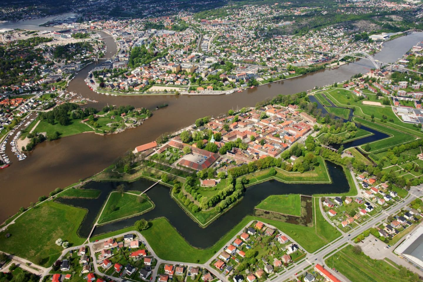 Fredrikstad and the star moats of the Old Town