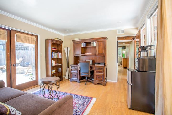 2-Bedroom Suite Facing Zen Garden  (3 rooms) - San Diego
