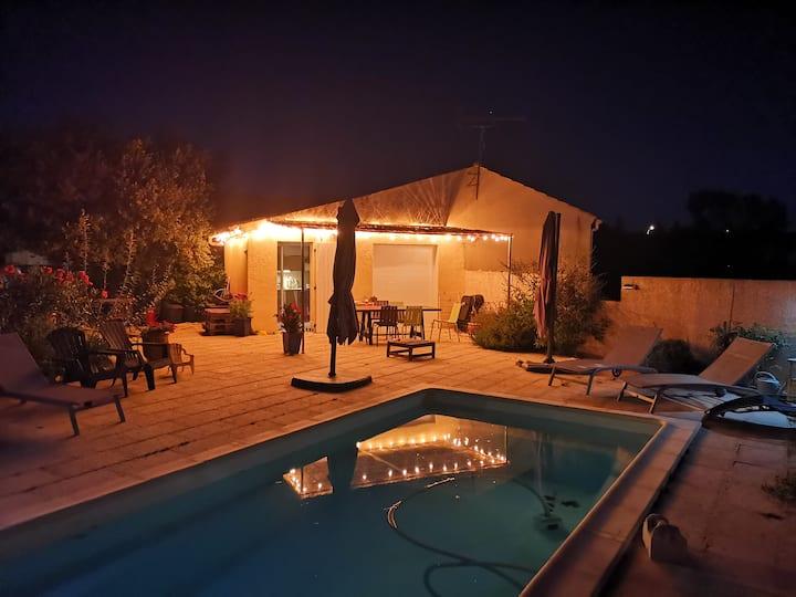 Chambre dans la Campagne,clim., piscine, cuisine.