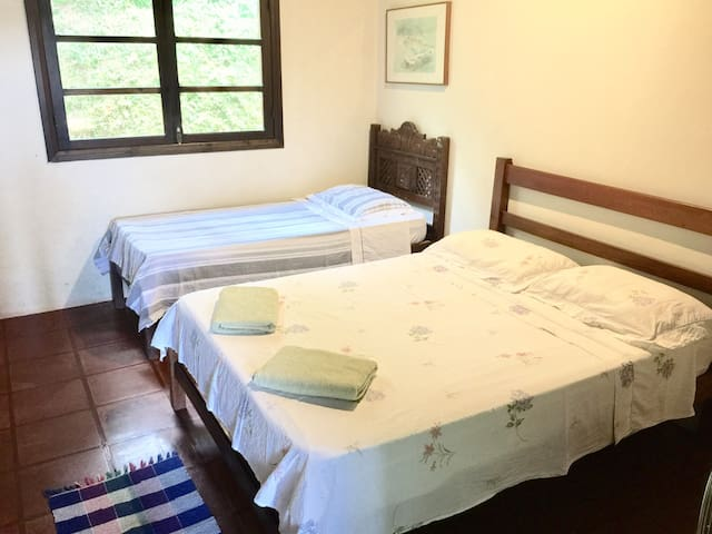 Amazing and Cheap Suite With Air Conditioner