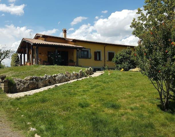 Elegante appartamento in villa - Monterosi
