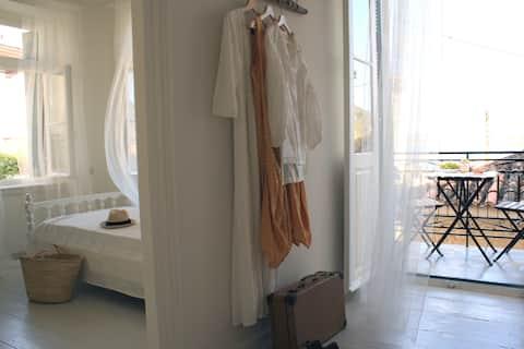 """Traditionele Poros residentie """"Nina 's huis"""""""