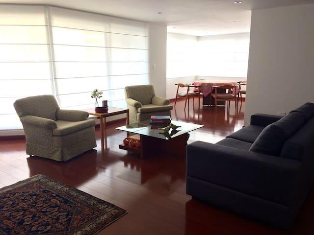 Impeccable Downtown Suite - Bogotá - Pis