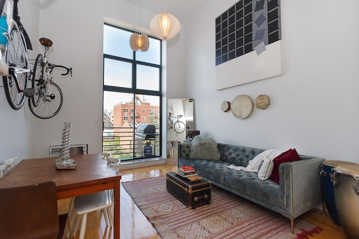 Williamsburg Dream Loft Steps From 3 Subway Lines