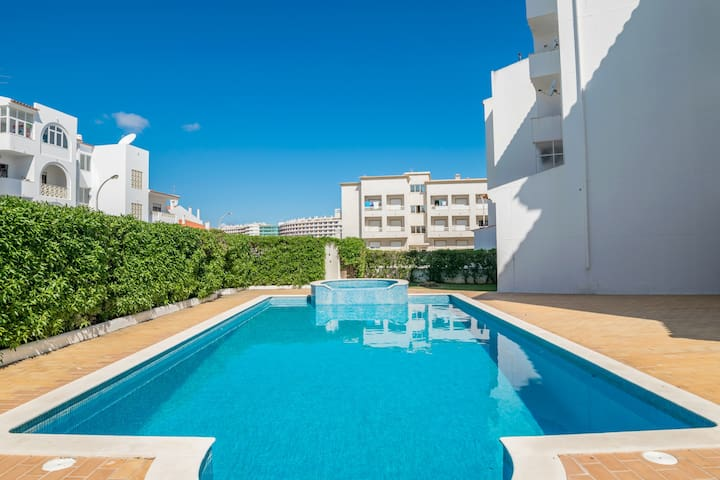 Keon Black Apartment, Albufeira, Algarve