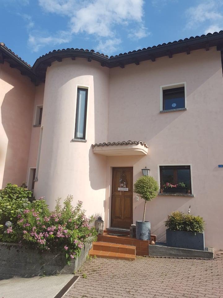 Schönes Studio in Losone / Nähe Locarno & Ascona !