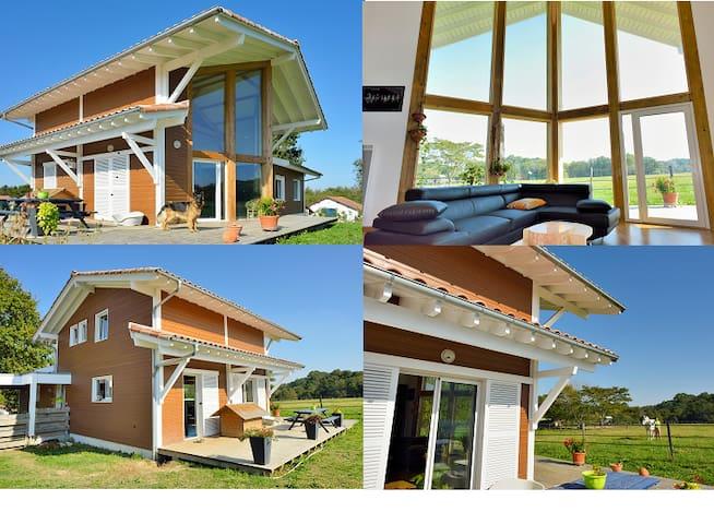 chaleureuse maison en bois , sud landes - Belus - House
