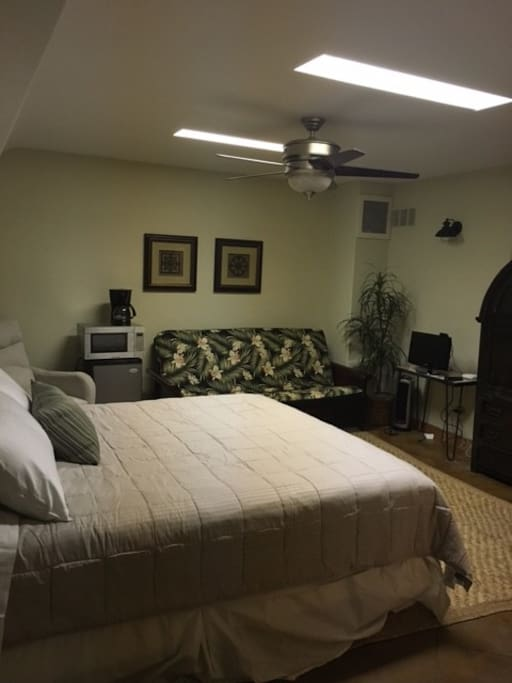 King size bed, refrigerator, microwave, coffee maker.