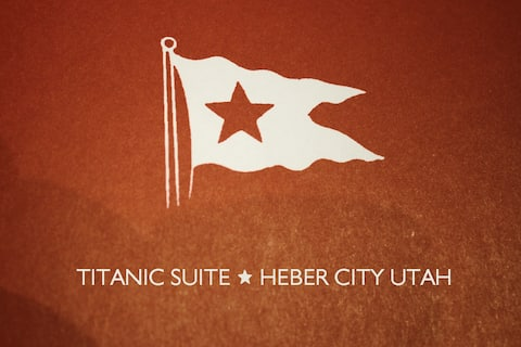 Fall Colors - Heber Titanic Getaway - 154 Reviews!