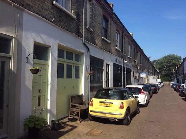 Maisonette in historical mews. - Brighton - Huoneisto