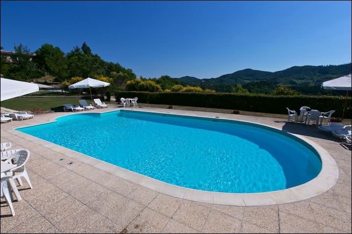 Alluring Holiday Home in Gubbio with Pool