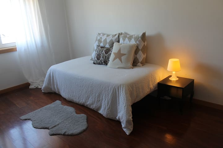 Modern 3 bedroom close University - Aveiro - Flat