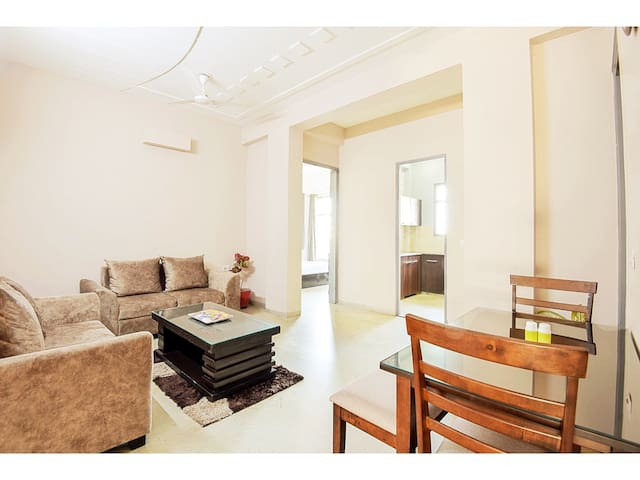 OLIVE 2 Bed Apt with Kitchen near Medanta Medicity