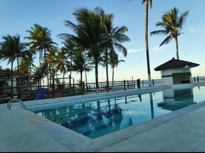 Ap 2/4 beira mar, cond c piscina, 40min de Itacaré