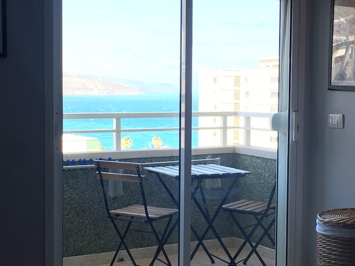 Apartamento vacaciones al mar con garaje y Netflix